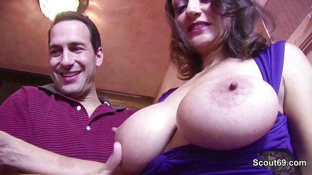 طبیعی سینه های بزرگ